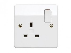 MK Electric Logic Plus K2757WHI 1 Gang DP Switched Socket with Dual Earth Terminals 13A White