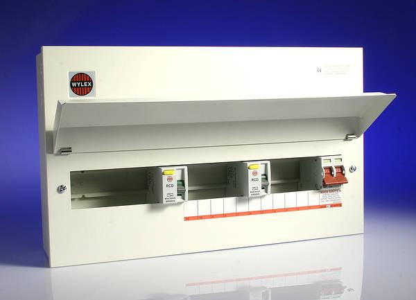 Wylex NMRS15SSLMHI 15 Way Consumer Unit, 100A DP Main Switch, Fully Flexible, Dual 80A 30mA RCD's
